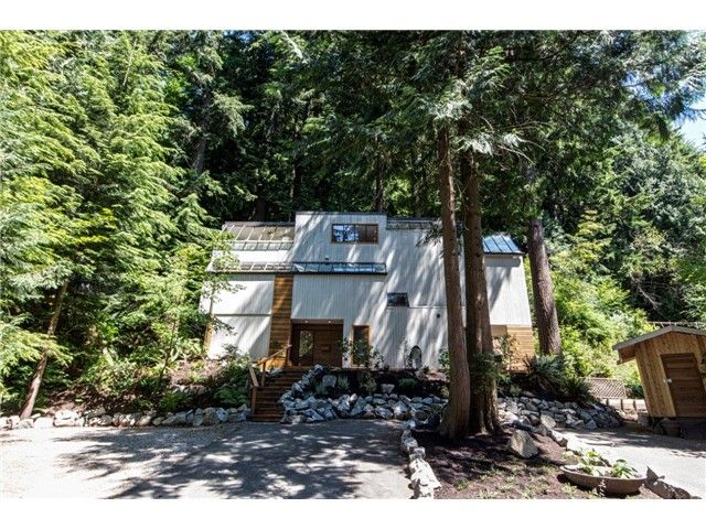 """Photo 18: Photos: 1810 RIVERSIDE Drive in North Vancouver: Seymour House for sale in """"RIVERSIDE"""" : MLS®# V1130790"""