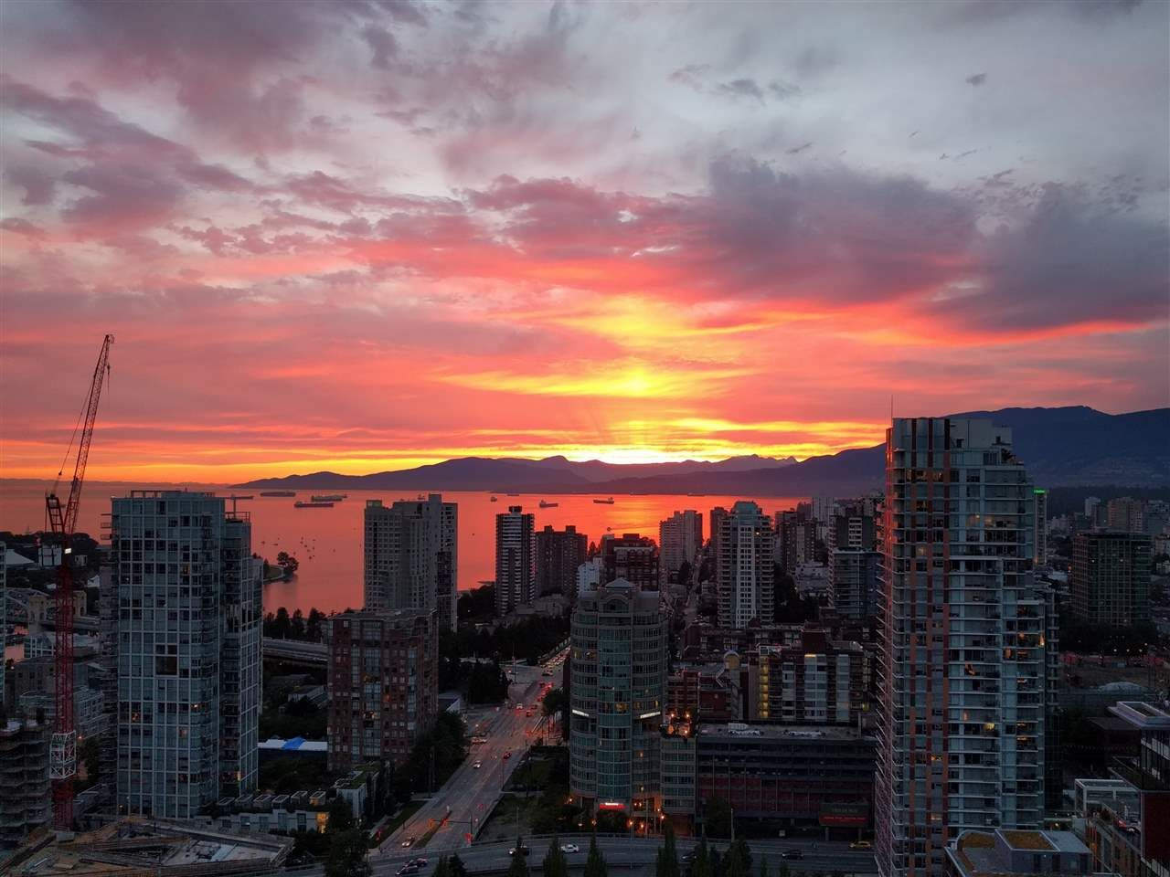 """Main Photo: 3802 1372 SEYMOUR Street in Vancouver: Downtown VW Condo for sale in """"The Mark - Yaletown"""" (Vancouver West)  : MLS®# R2189623"""