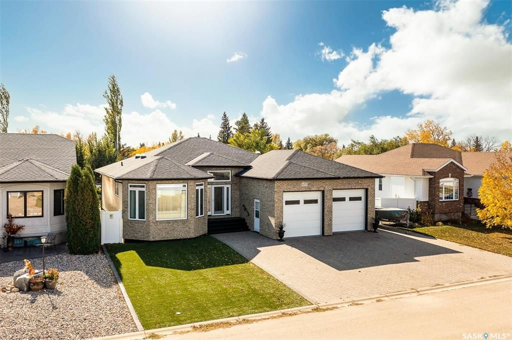 Main Photo: 605 Cedar Avenue in Dalmeny: Residential for sale : MLS®# SK872025