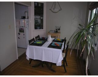 Photo 3: 204 1695 W 10TH Avenue in Vancouver: Fairview VW Condo for sale (Vancouver West)  : MLS®# V718431