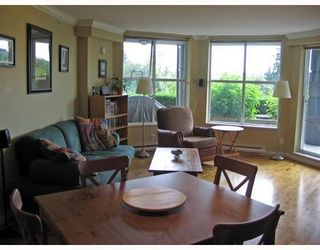 Photo 4: # 108 3629 DEERCREST DR in North Vancouver: Condo for sale : MLS®# V785578