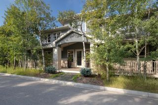Main Photo: 34 Posthill Drive SW in Calgary: Springbank Hill Detached for sale : MLS®# A1143475