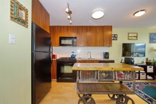 """Photo 10: 306 1030 W BROADWAY Street in Vancouver: Fairview VW Condo for sale in """"La Columa"""" (Vancouver West)  : MLS®# R2388638"""