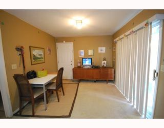 Photo 4: 10 8280 BENNETT Road in Richmond: Brighouse South Townhouse for sale : MLS®# V772209