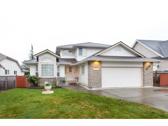 """Main Photo: 22071 OLD YALE Road in Langley: Murrayville House for sale in """"UPPER MURRAYVILLE"""" : MLS®# R2028822"""