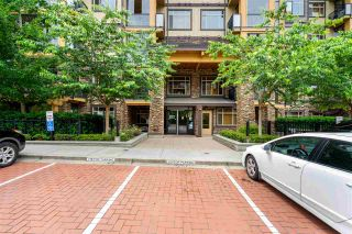 """Photo 3: 614 8067 207 Street in Langley: Willoughby Heights Condo for sale in """"Yorkson Parkside I"""" : MLS®# R2469716"""