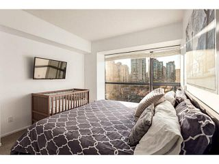 """Photo 10: 1502 1177 PACIFIC Boulevard in Vancouver: Yaletown Condo for sale in """"PACIFIC PLAZA"""" (Vancouver West)  : MLS®# V1122980"""