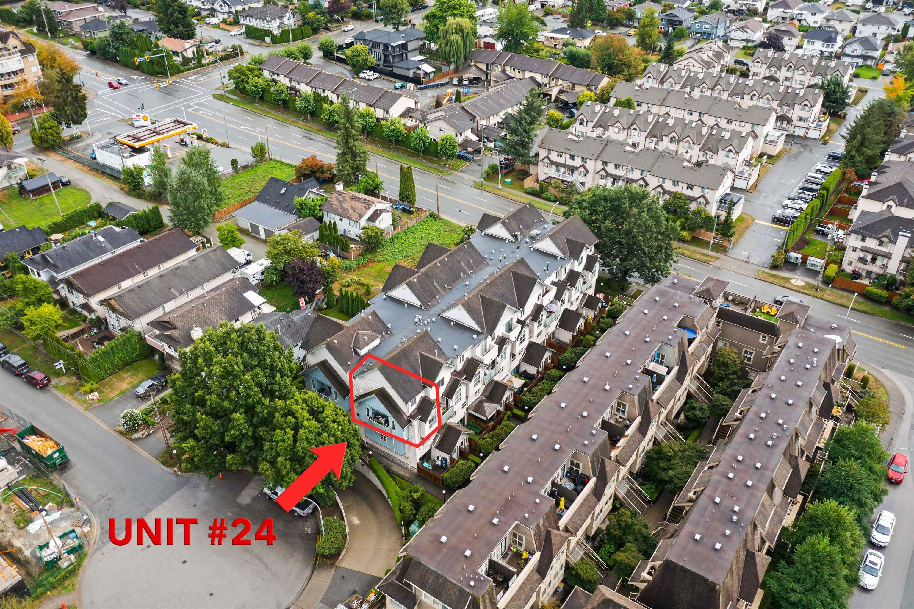 Main Photo: 24 2378 RINDALL Avenue in Port Coquitlam: Central Pt Coquitlam Condo for sale : MLS®# R2613085