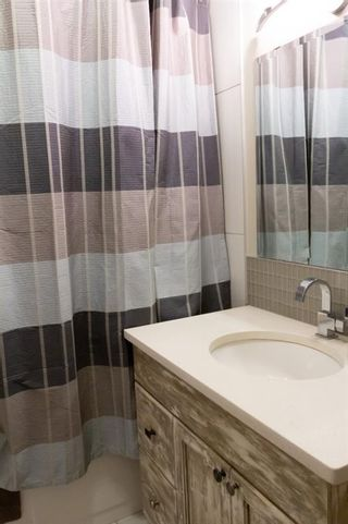 Photo 13: 32A Wellington Place SW in Calgary: Wildwood Semi Detached for sale : MLS®# A1117733