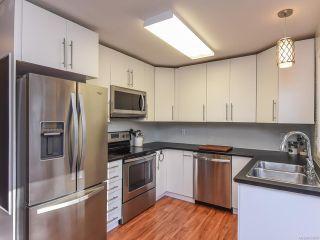 Photo 6: B 1102 1st St in COURTENAY: CV Courtenay City Half Duplex for sale (Comox Valley)  : MLS®# 833909