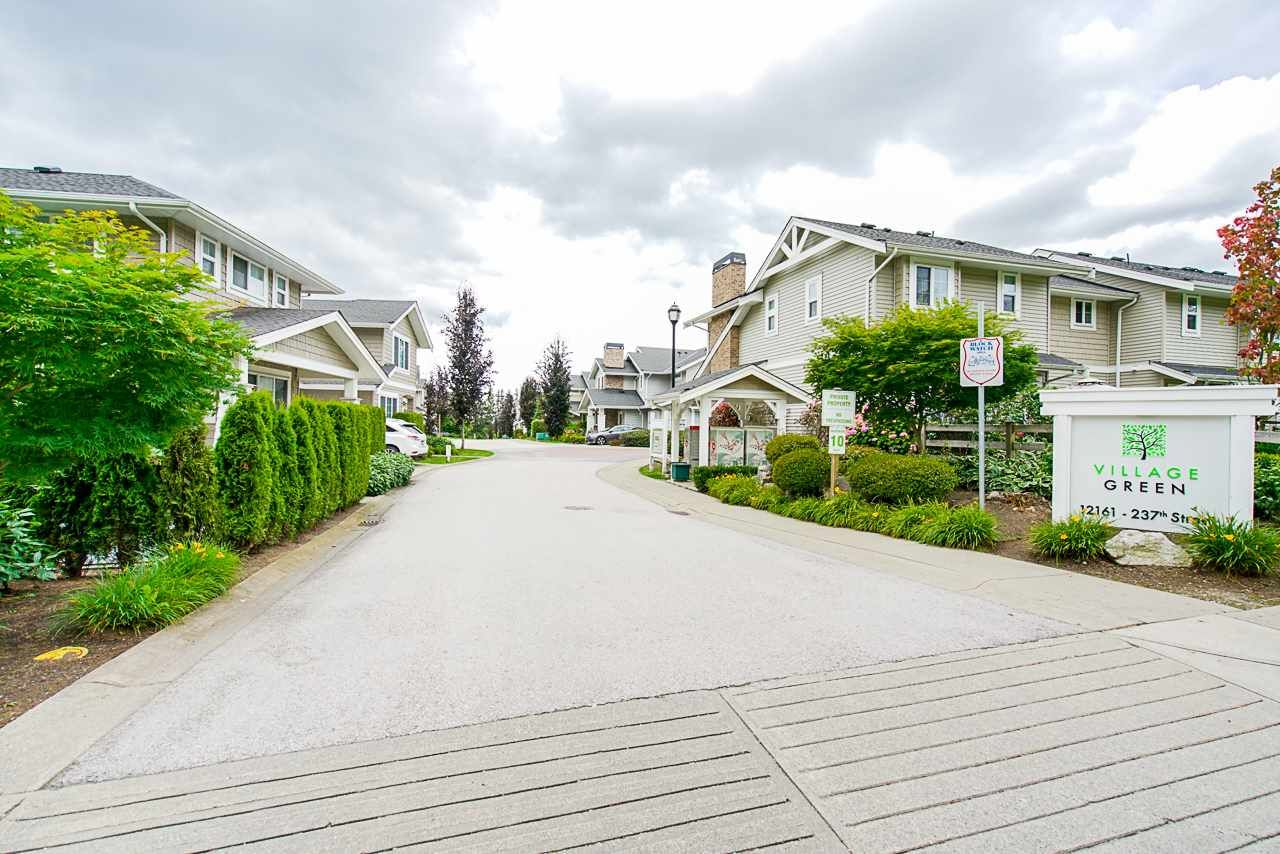 Main Photo: 47 12161 237 STREET in Maple Ridge: East Central Townhouse for sale : MLS®# R2474198