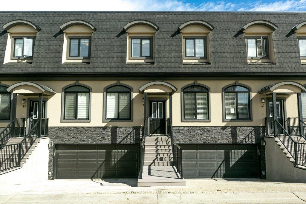 Main Photo: 26 5873 MULLEN Place in Edmonton: Zone 14 Townhouse for sale : MLS®# E4262184
