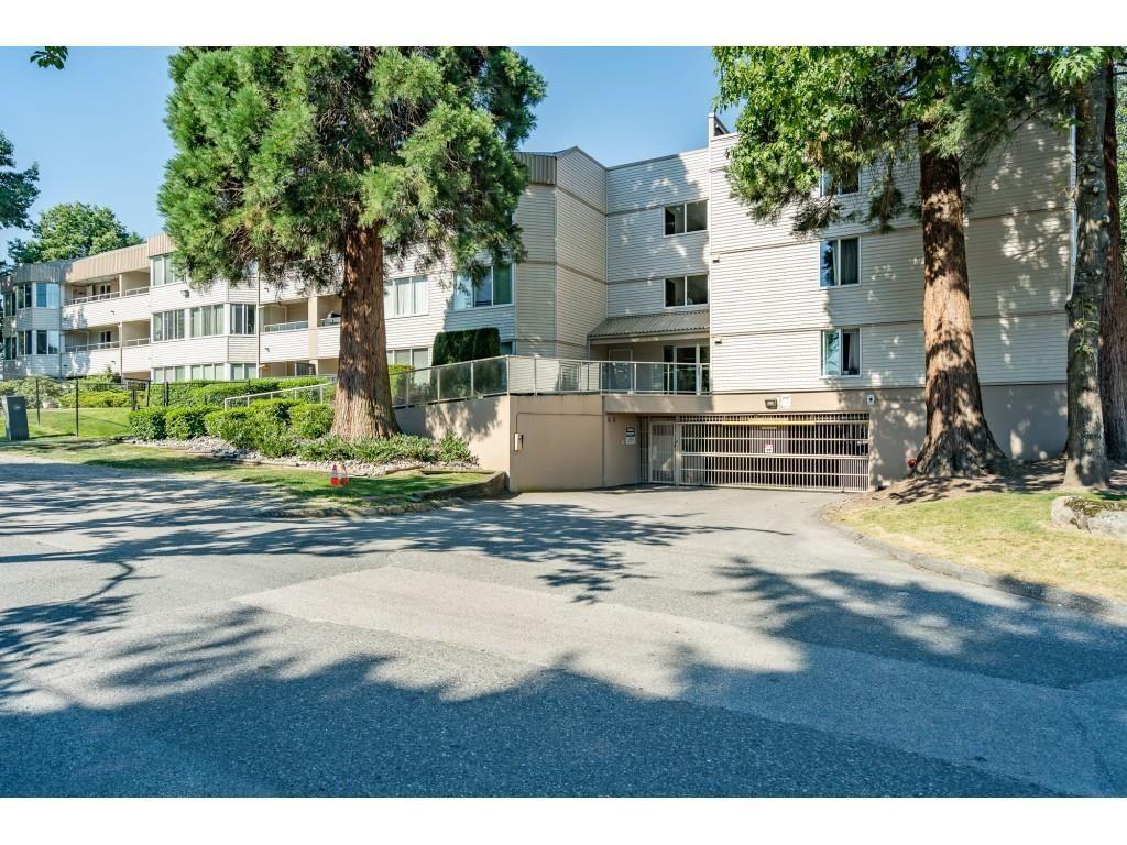 "Main Photo: 117 9635 121 Street in Surrey: Cedar Hills Condo for sale in ""CHANDLER HILL"" (North Surrey)  : MLS®# R2595653"