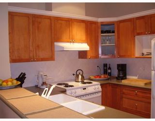 "Photo 4: 805 6837 STATION HILL Drive in Burnaby: South Slope Condo for sale in ""THE CLARIDGES"" (Burnaby South)  : MLS®# V744904"