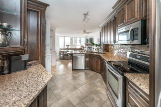 """Photo 4: 701 1235 QUAYSIDE Drive in New Westminster: Quay Condo for sale in """"RIVIERA TOWER"""" : MLS®# R2611498"""