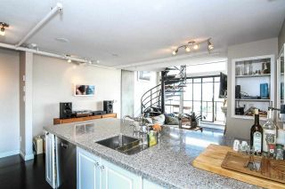 """Photo 5: 710 428 W 8TH Avenue in Vancouver: Mount Pleasant VW Condo for sale in """"XL LOFTS"""" (Vancouver West)  : MLS®# R2088078"""