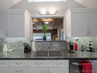 Photo 3: SAN CARLOS House for sale : 3 bedrooms : 7013 Coleshill Dr. in San Diego
