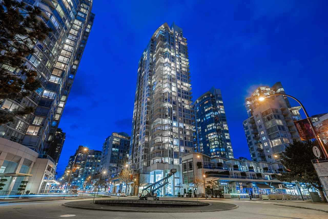 "Main Photo: 2701 1199 MARINASIDE Crescent in Vancouver: Yaletown Condo for sale in ""AQUARIUS I"" (Vancouver West)  : MLS®# R2564661"