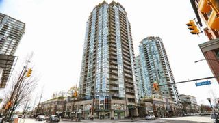 """Main Photo: 2502 2978 GLEN Drive in Coquitlam: North Coquitlam Condo for sale in """"GRAND CENTRAL I"""" : MLS®# R2392533"""