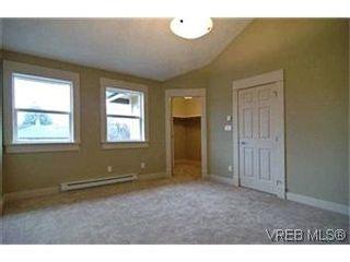 Photo 5: 156 Linden Ave in VICTORIA: Vi Fairfield West Half Duplex for sale (Victoria)  : MLS®# 421045