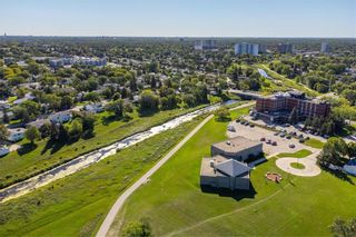 Photo 26: 858 Vimy Road in Winnipeg: Crestview Residential for sale (5H)  : MLS®# 202122118