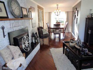 Photo 8: 21043 GREENWOOD Drive in Hope: Hope Kawkawa Lake House for sale : MLS®# R2446407