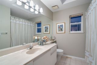 "Photo 13: 2579 CAMBERLEY Court in Coquitlam: Coquitlam East House for sale in ""DARTMOOR/RIVER HEIGHTS"" : MLS®# R2429739"