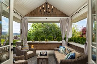 Photo 14: 2067 Hedgestone Lane in VICTORIA: La Bear Mountain House for sale (Langford)  : MLS®# 841529