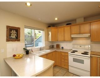 Photo 4: E-136 West 4th Street in North Vancouver: Lower Lonsdale Townhouse for sale : MLS®# V791505