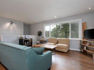 Photo 3: 627 Vanalman Ave in : SW Northridge House for sale (Saanich West)  : MLS®# 867077
