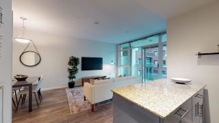"""Photo 7: 402 100 E ESPLANADE Street in North Vancouver: Lower Lonsdale Condo for sale in """"The Landing"""" : MLS®# R2357856"""