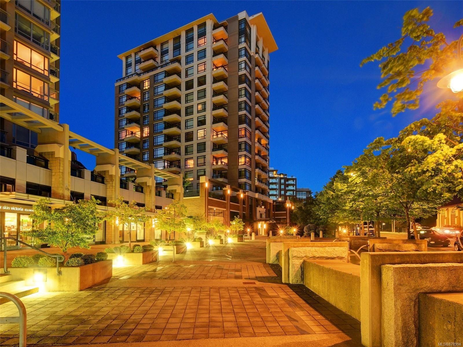 Main Photo: 505 788 Humboldt St in Victoria: Vi Downtown Condo for sale : MLS®# 878994