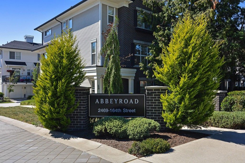 """Main Photo: 50 2469 164 Street in Surrey: Grandview Surrey Townhouse for sale in """"ABBEY ROAD"""" (South Surrey White Rock)  : MLS®# R2091888"""
