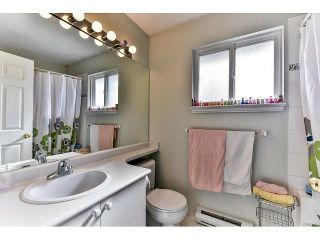 """Photo 15: 162 15501 89A Avenue in Surrey: Fleetwood Tynehead Townhouse for sale in """"AVONDALE"""" : MLS®# R2058419"""