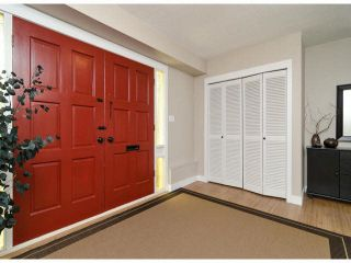 "Photo 2: 6445 LYON Road in Delta: Sunshine Hills Woods House for sale in ""SUNSHINE HILLS"" (N. Delta)"