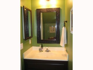 Photo 8: PACIFIC BEACH Townhome for sale : 2 bedrooms : 1648 Oliver # 3