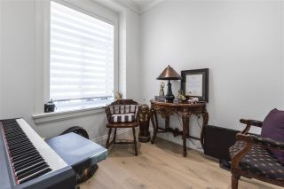 Photo 3: 748 E 30TH Avenue in Vancouver: Fraser VE House for sale (Vancouver East)  : MLS®# R2570297