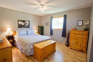 Photo 16: 107 Stanley Drive: Sackville House for sale : MLS®# M106742