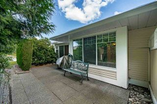 """Photo 33: 129 8737 212 Street in Langley: Walnut Grove Townhouse for sale in """"Chartwell Green"""" : MLS®# R2490439"""