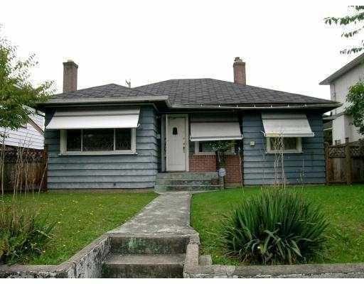 Main Photo: 1434 NANAIMO Street in Vancouver: Renfrew VE House for sale (Vancouver East)  : MLS®# V733999