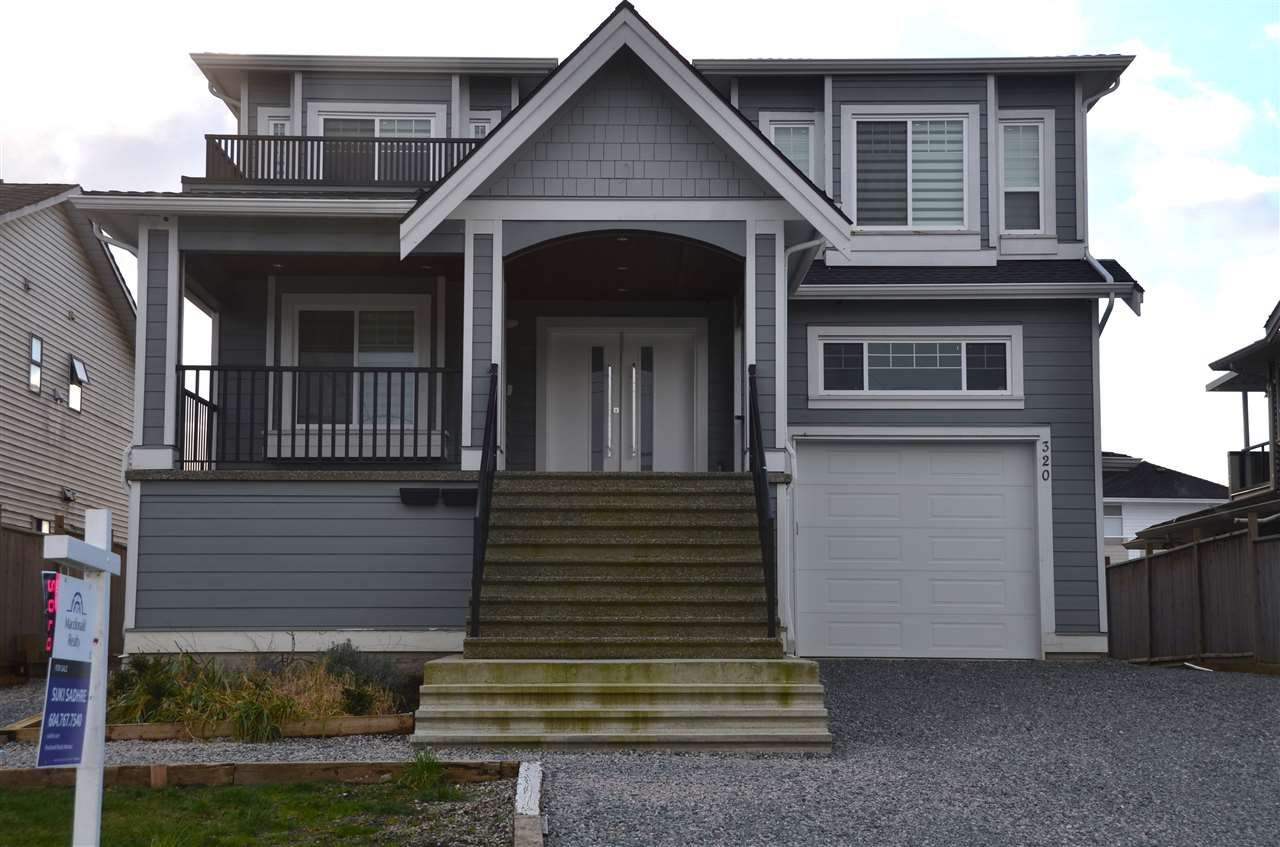 Main Photo: 320 PEMBINA Street in New Westminster: Queensborough House for sale : MLS®# R2536100