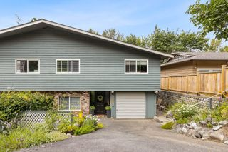 Photo 1: 1368 MARY HILL Lane in Port Coquitlam: Mary Hill 1/2 Duplex for sale : MLS®# R2603291