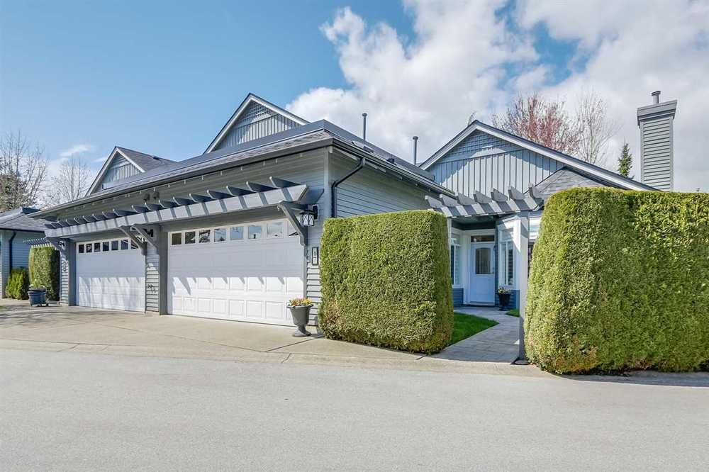 Main Photo: 17 14909 32 AVENUE in South Surrey White Rock: King George Corridor Home for sale ()  : MLS®# R2259017