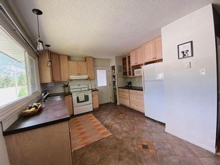 Photo 11: 905 EIGHTH STREET in Salmo: House for sale : MLS®# 2459650
