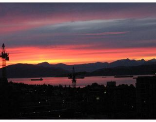 """Photo 7: 1005 1575 W 10TH Avenue in Vancouver: Fairview VW Condo for sale in """"TRITON ON 10TH"""" (Vancouver West)  : MLS®# V764989"""