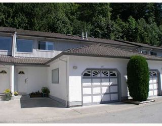 "Photo 1: 25 2401 MAMQUAM Road in Squamish: Garibaldi Highlands Townhouse for sale in ""HIGHLAND GLEN"" : MLS®# V783485"
