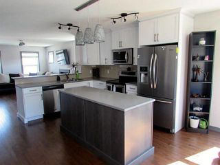 Photo 2: 1208 KINGS HEIGHTS Road SE in : Airdrie Residential Detached Single Family for sale : MLS®# C3612075