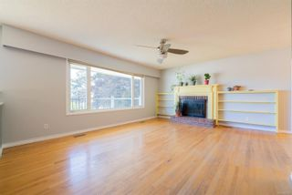 Photo 4: 2455 Marlborough Dr in : Na Departure Bay House for sale (Nanaimo)  : MLS®# 882305