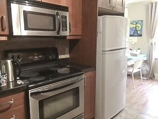 Photo 5: 214 2550 Bathurst Street in Toronto: Forest Hill North Condo for lease (Toronto C04)  : MLS®# C4230239