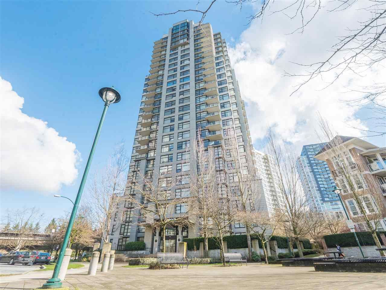 Main Photo: 1708 5380 OBEN STREET in Vancouver: Collingwood VE Condo for sale (Vancouver East)  : MLS®# R2445259